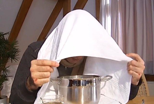 Ein Dampfbad als Nasennebenhöhlenentzündung Hausmittel für Gesicht und Nebenhöhlen frei bekommen
